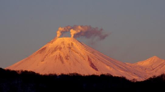 Bild eines Vulkans auf Kamtschatka